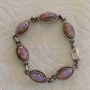 Jewelry - Silver & Opal bracelet